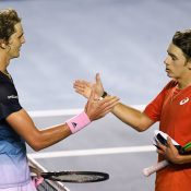 Alexander Zverev (L) shakes hands with Alex de Minaur after winning their quarterfinal battle in Acapulco. (Getty Images)