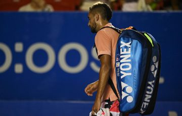 Nick Kyrgios exits the court after an injury retirement from the ATP tournament in Acapulco. (Getty Images)
