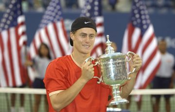 CHAMPION: Lleyton Hewitt with his US Open trophy in 2001. Picture: Getty Images